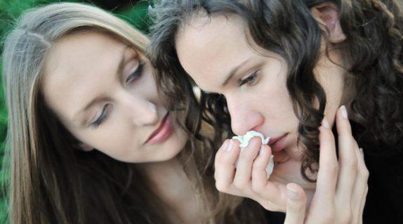 Психологи дали совету по тому, как утешить близкого человека