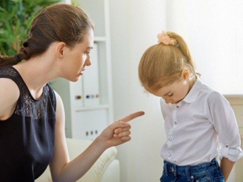 Заставлять детей извиняться – неправильно