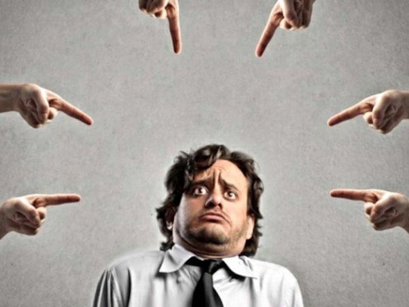 Признаки, которые говорят об излишней самокритике