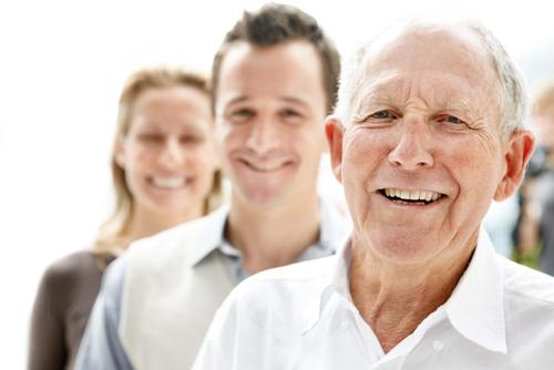 Эксперты назвали возраст, когда люди достигают ощущения счастья