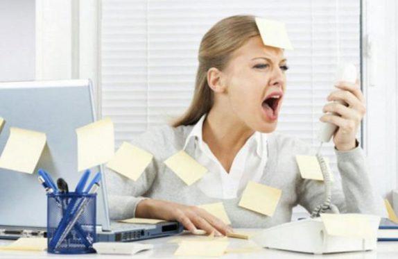 Женщины выгорают на работе чаще и быстрее мужчин