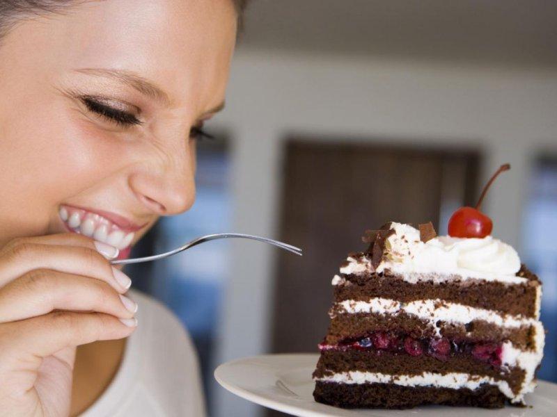 «Заедать» стресс сладким можно
