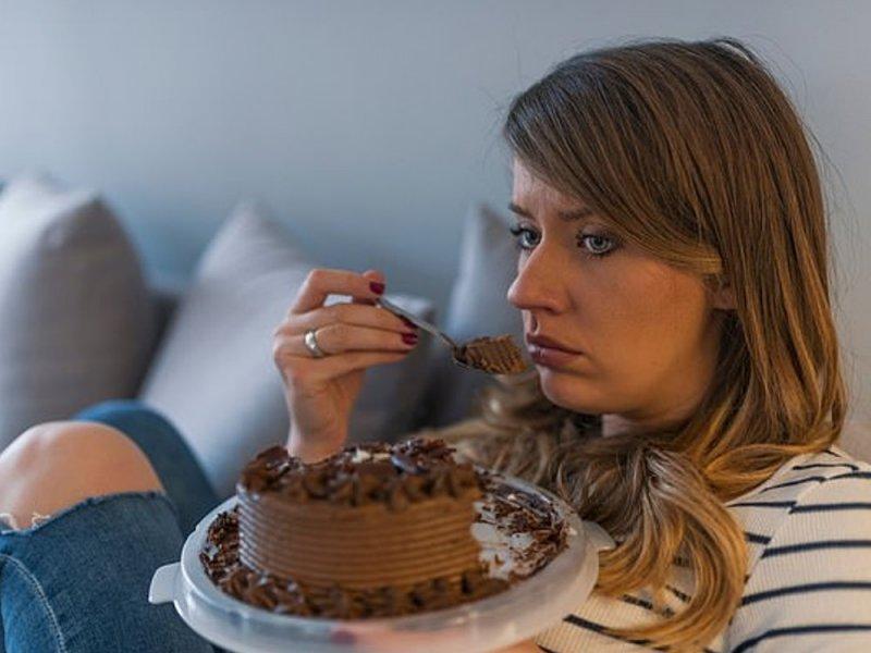 Сладкие продукты не повышают настроение