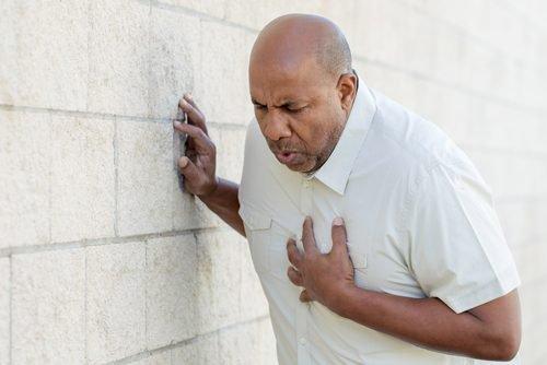 Как отличить паническую атаку от сердечных проблем?
