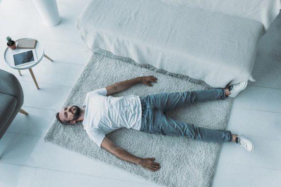 Депрессия: таблетки или работа над собой?