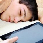 Ученые: телевидение и соцсети способствуют снижению самооценки и развитию депрессии у подростков