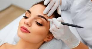 Как обучиться мастерству перманентного макияжа?