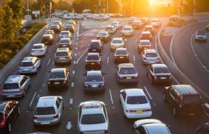 Медики рассказали о вреде автомобильных пробок для здоровья