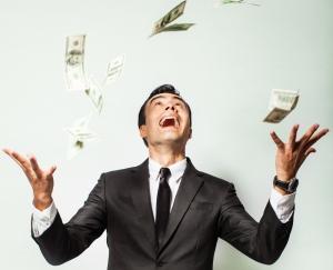 Ученые: большие деньги делают людей несчастными