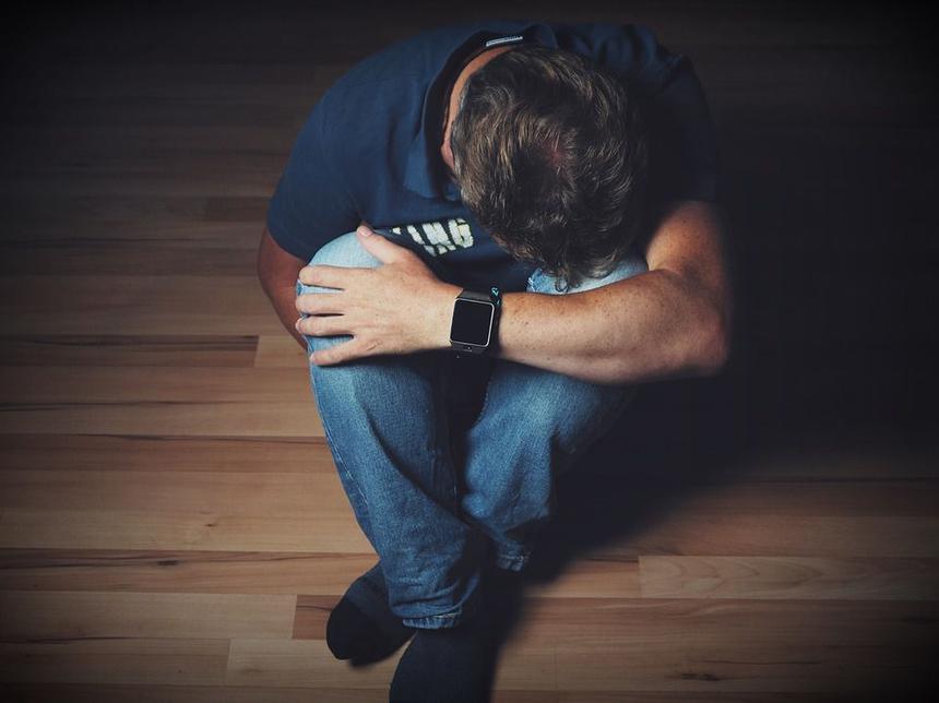 Антидепрессанты оказались не эффективнее разговоров с психотерапевтом