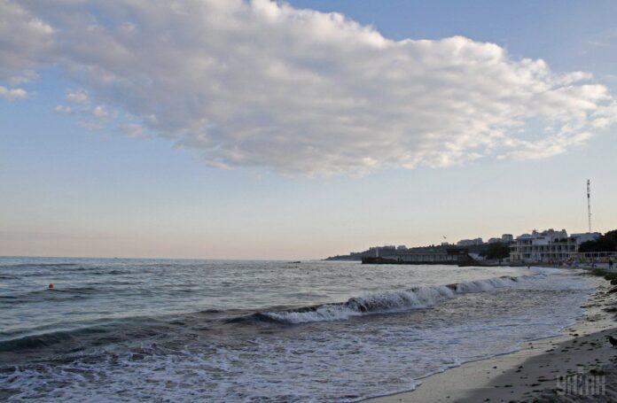 Ученые выяснили, как жизнь у моря влияет на психику