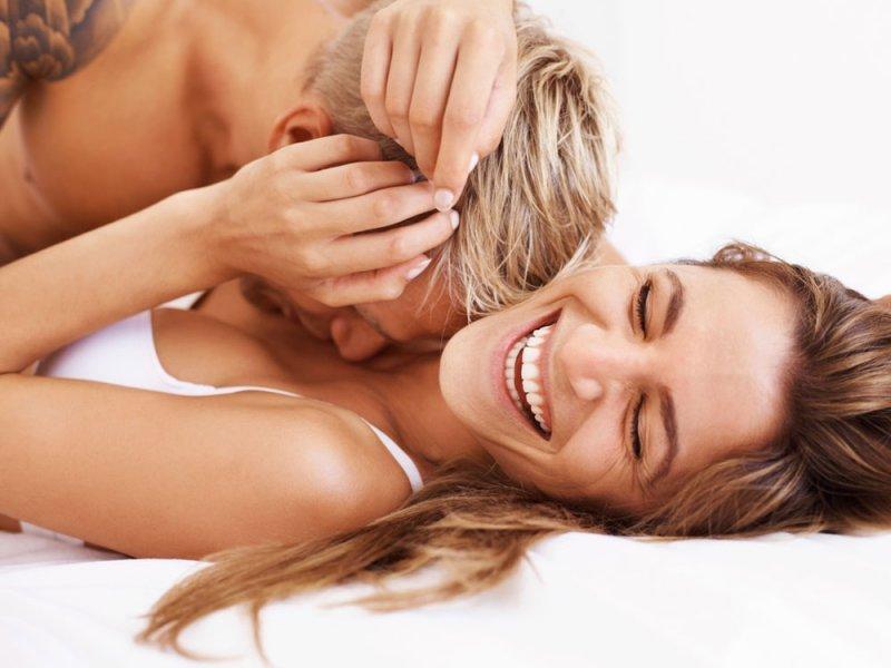 Психолог объяснил, так ли важно подходить друг другу в постели