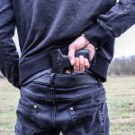 Психиатр из Петербурга рассказал, как спастись от человека с огнестрелом
