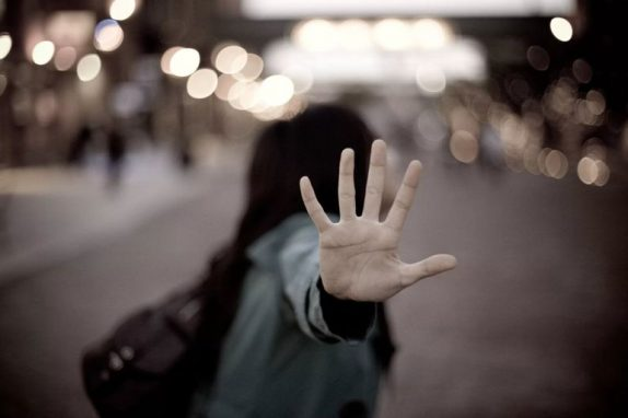 12 признаков того, что вам пора обратиться к психотерапевту