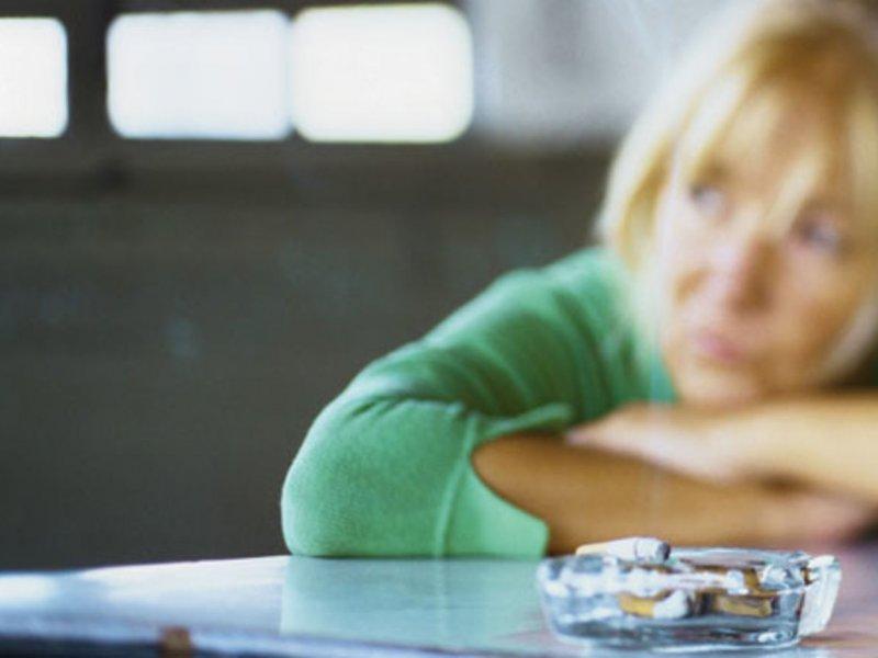 Курильщики в два раза чаще болеют шизофренией и депрессией
