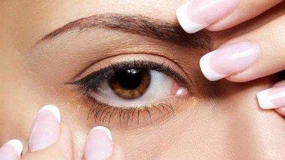 Глаукома: описание, симптомы и лечение