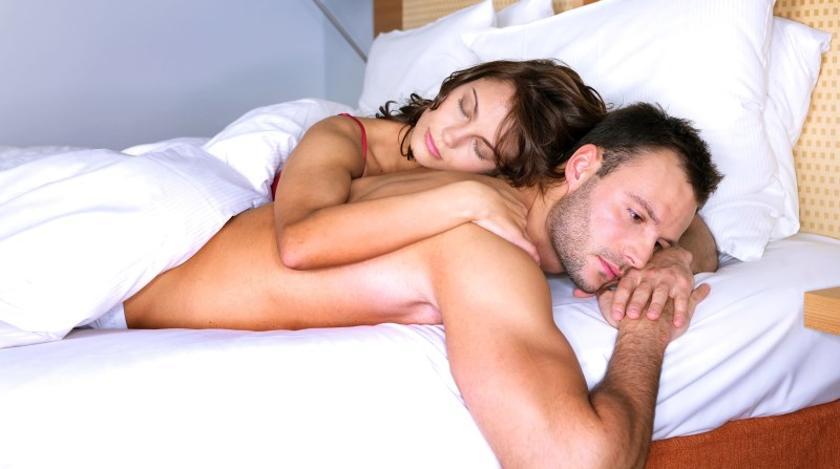 Мужчины находят потенциальных партнерш по запаху
