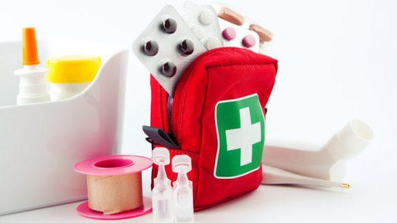 Скорая помощь для кожи: 5 средств в семейной аптечке