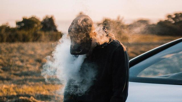 Ученые сравнили вред кальяна, обычных и электронных сигарет