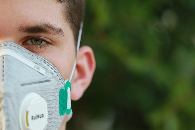 Вирусолог объяснил, в чём «коварство» бессимптомного коронавируса