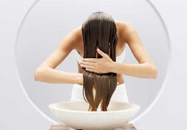 Косметика по уходу за волосами: добавляем объем