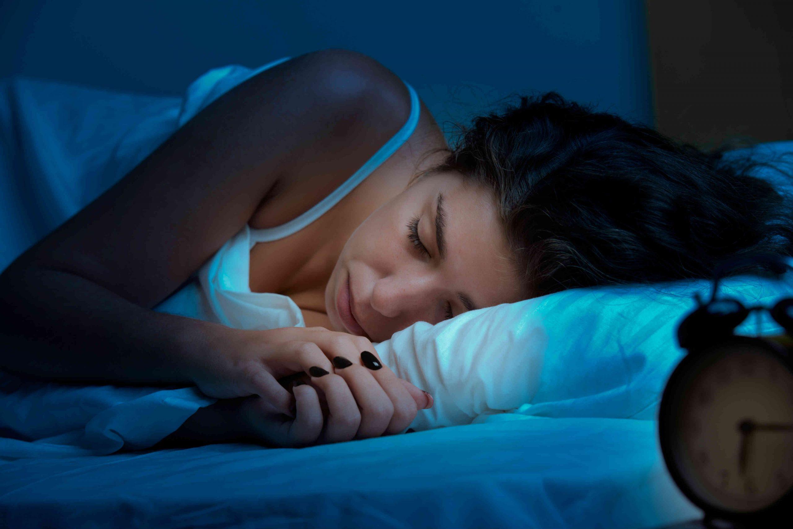 Неврологи объяснили, зачем эволюция сохранила фазу глубокого сна