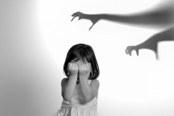 Специалисты: «Детские психологические травмы повышают риск болезней сердца и ранней смерти»