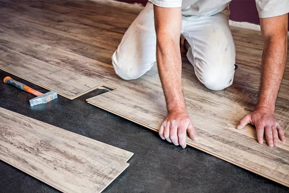 Укладка ламината при ремонте квартиры