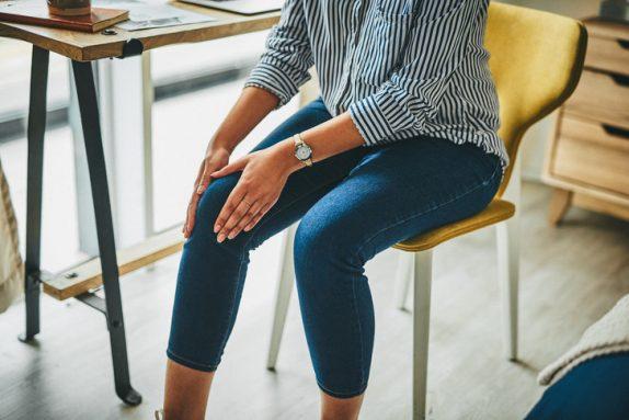 Как избавиться от боли в коленях: советы ортопеда