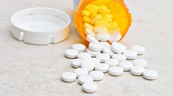 Названы лекарства, которые нельзя смешивать